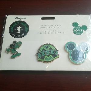 Nwt mickey memory pins limited edition